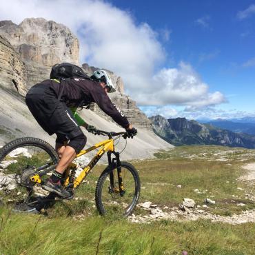 Enduro sulle Dolomiti